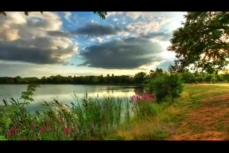 美轮美奂大自然美丽风景,天空,湖泊,草地