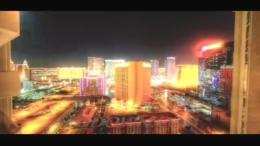 城市的快速发展白天到黑夜车流霓虹灯