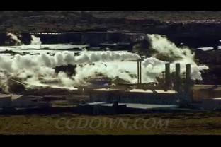 航拍生产烟雾污染大气情形