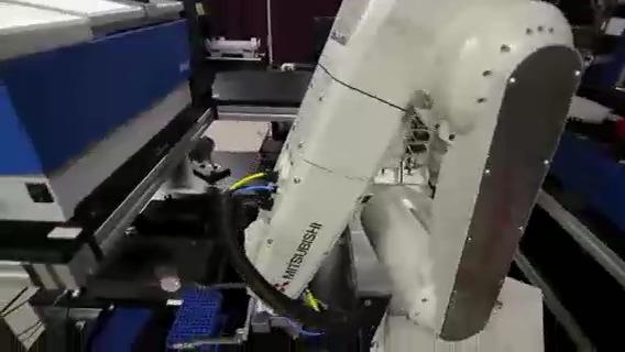 医药机械手自动化批量检测,医药