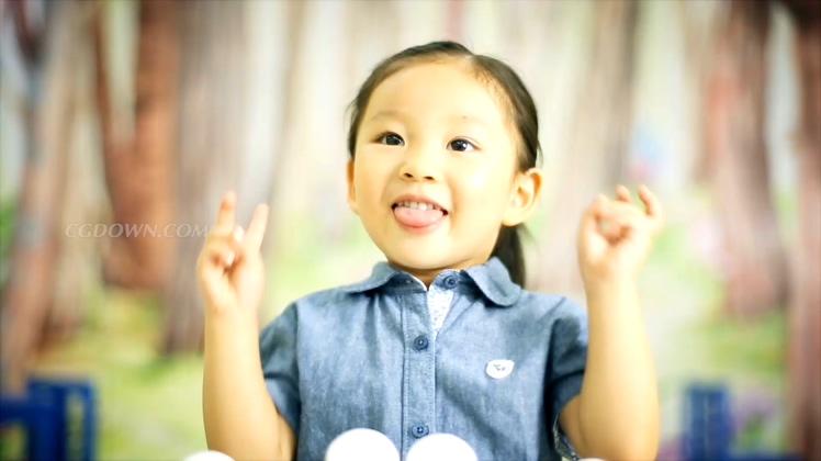 一组温馨儿童学生微笑笑容幸福镜头高清视频素材