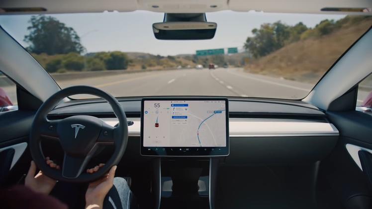 新能源,特斯拉,自动驾驶,汽车,电动车,最新特斯拉3Model3自动辅助驾驶宣传片视频素材