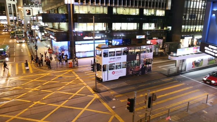 香港,公交车,一辆双层公交车在香港街道,免费视频素材