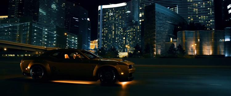 美国,拉斯维加斯,夜景,城市,跑车,改款,野马,4k,繁华都市,酷炫改款跑车宽体套件驰骋在拉斯维加斯视频素材