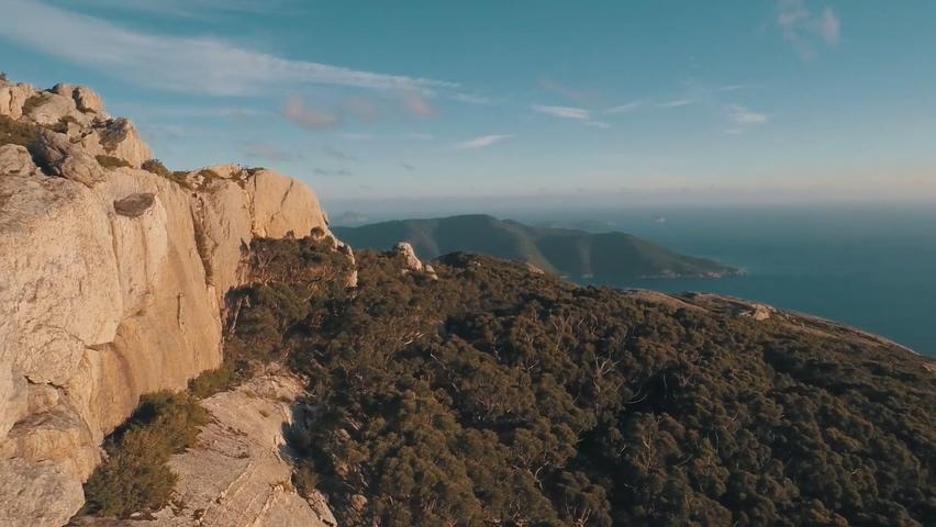 澳大利亚,航拍,风景,森林,大海,沿海,瀑布,航拍美丽的澳大利亚精彩风景视频素材