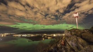 挪威,港口,奥勒松,挪威奥勒松北边西部港口延时夜晚风景视频素材