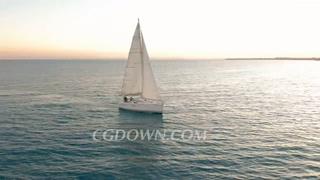 游艇,日落,航拍,航行,无人机航拍日落时分游艇在海上航行视频素材