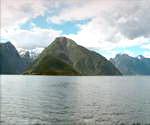 挪威的天空,旅行,旅途,乘船观光,山峰,山峦,蓝天,白云,湖泊