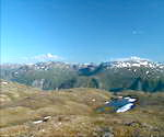 挪威的天空,群山峻岭,黑夜降临,云彩遮盖