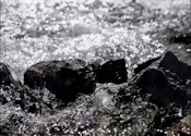 高清,水冲,水打石头,石头,流水